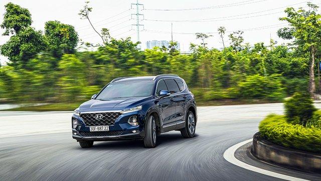 Đánh giá xe Hyundai Santa Fe 2020: Một chiếc Crossover đã đẹp lại còn nhiều công nghệ