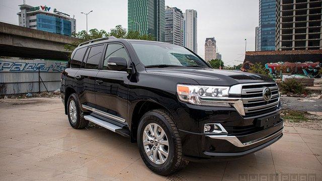 """Đánh giá xe Toyota Land Cruiser 2020: """"Ông vua"""" địa hình"""
