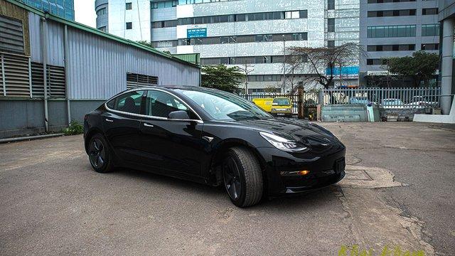 Đánh giá xe Tesla Model 3 2020: Xe hơi chạy hoàn toàn bằng điện, giá 3 tỷ đồng