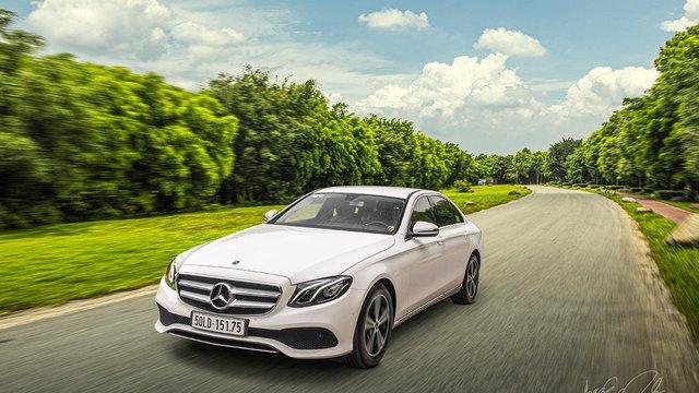 Đánh giá xe Mercedes-Benz E 180 2020: Phù hợp cho dịch vụ chuyên chở cao cấp