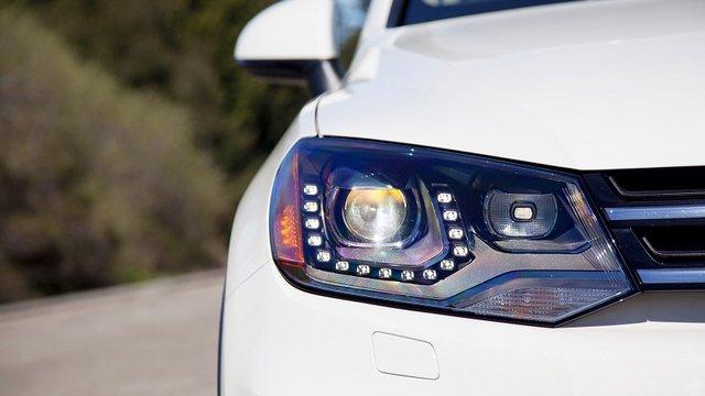 Những điều cần hiểu rõ trước khi độ đèn pha ô tô