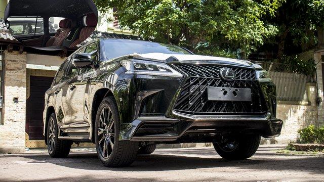 Ngắm ảnh chi tiết xe Lexus LX570 2020 bầu trời sao như Rolls-Royce độc nhất Việt Nam