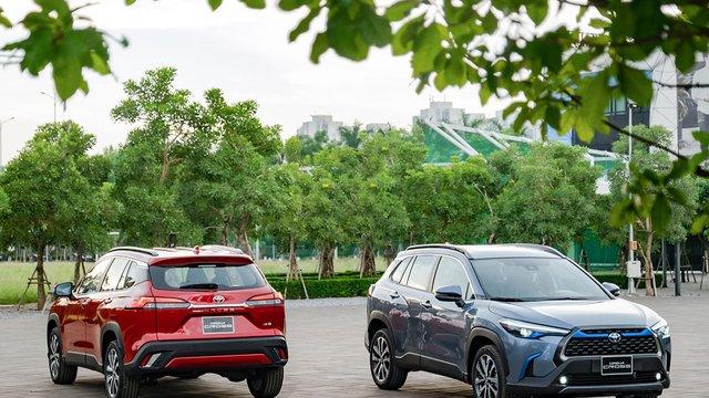 Toyota Corolla Cross - 'Át chủ bài' chính thức ra mắt, giá từ 720 triệu đồng