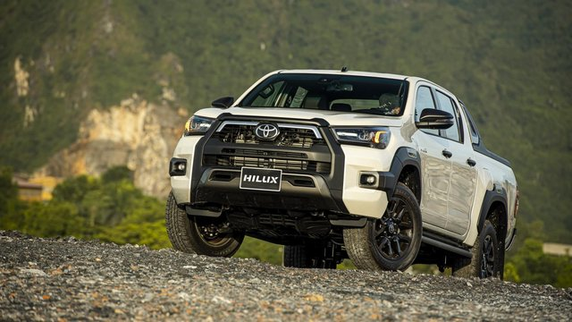 Toyota Hilux 2020 chính thức ra mắt Việt Nam, giá từ 628 triệu đồng