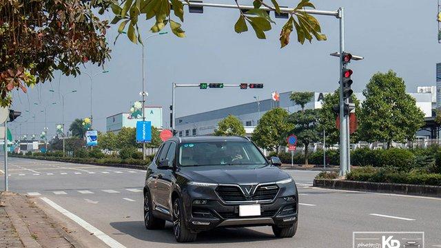 Đánh giá xe VinFast Lux SA2.0 2021: Hấp dẫn không chỉ cái tên