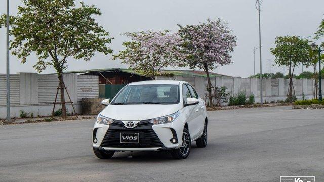 Đánh giá xe Toyota Vios E CVT 2021: Dành cho khách hàng dịch vụ