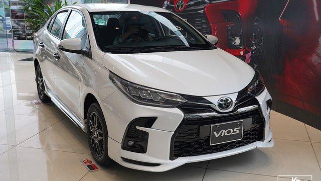 Cận cảnh Toyota Vios GR-S 2021, có gì để đấu Honda City RS?