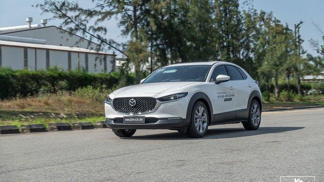 """Đánh giá xe Mazda CX-30 2021: """"Đắt có xắt"""" ra miếng""""?"""