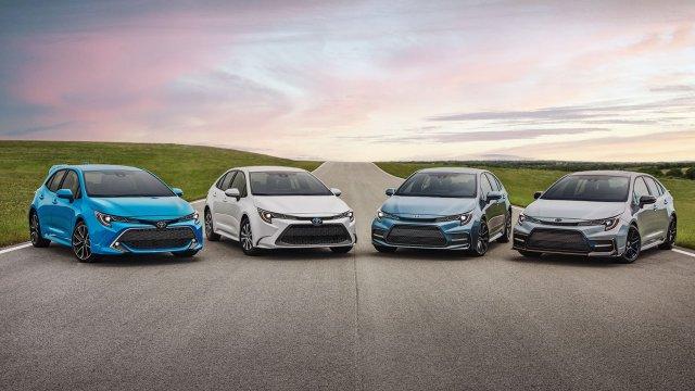 Toyota Corolla thay đổi ra sao qua 12 thế hệ