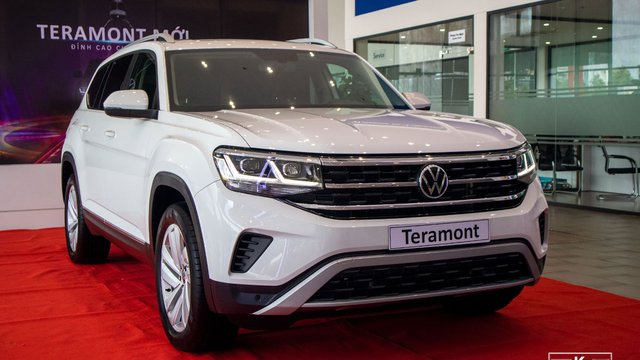 Đánh giá xe Volkswagen Teramont 2021 vừa về Việt Nam: Có gì đấu Land Cruiser Prado, Explorer?