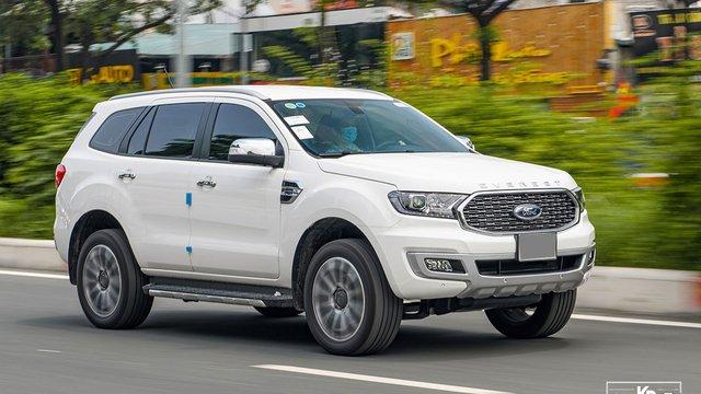 Đánh giá xe Ford Everest 2021: Êm ái, mượt mà hơn Fortuner?