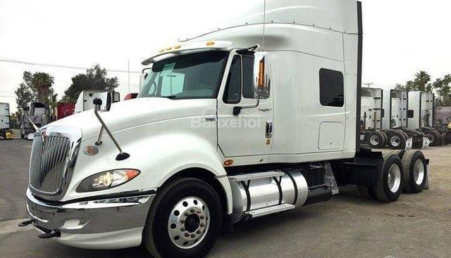 Bán xe đầu kéo Mỹ chính hãng 1 giường máy Maxxforce, model 2014