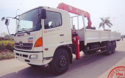Xe tải cẩu 5 tấn Hino - Model FL8JTSA/ URV 555