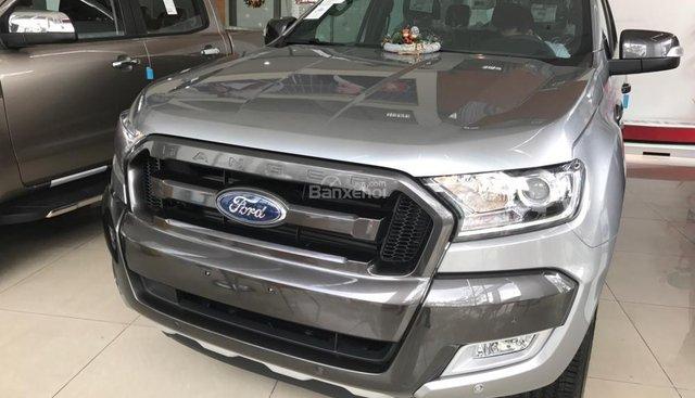 Bán Ford Ranger Wildtrak 3.2 Navigator, màu xám, nhập khẩu