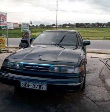 Cần bán lại xe Ford Crown Victoria đời 1995, giá 125tr