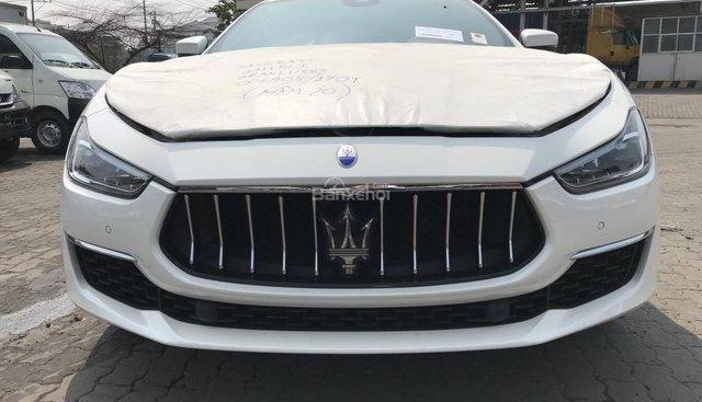 Giá xe Maserati Ghibli Gran Lusso mới, bán Maserati Ghibli Gran Lusso mới giá tốt