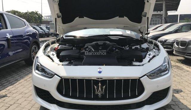 Bán Maserai Ghibli mới giá tốt, giá xe Maserati Ghibli chính hãng, xe Maserati Ghibli nhập khẩu
