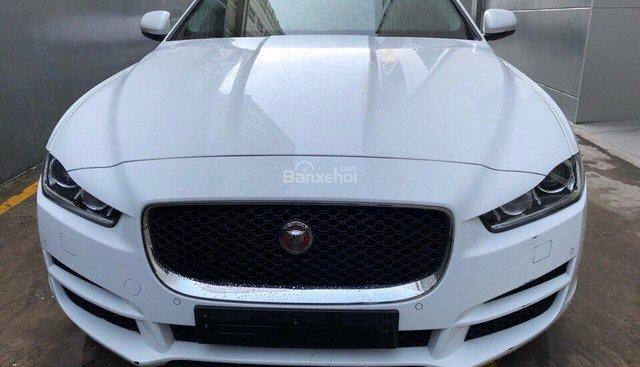 Bán Jaguar XE 2015 Prestige model 2016 màu trắng, xe giao ngay, xe đẹp 0932222253