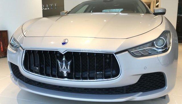 Bán xe Maserati Ghibli, màu ghi vàng mới, bán Maserati Ghibli mới nhập khẩu chính hãng