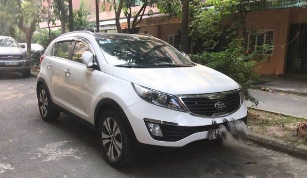 Bán Kia Sportage đời 2013, màu trắng, nhập khẩu