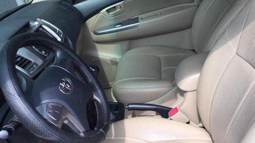 Bán xe Toyota Hilux 3.0 MT năm 2015, màu xám