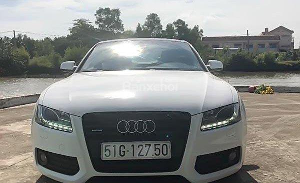 Cần bán Audi A5 S-line 2.0 năm 2010, màu trắng, xe nhập