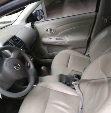 Bán ô tô Nissan Sunny năm 2015, màu bạc, giá chỉ 395 triệu
