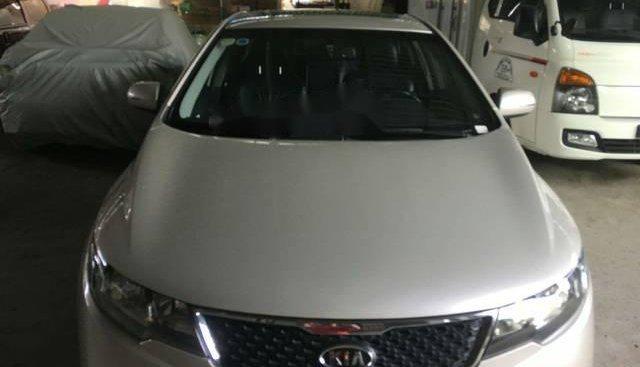 Cần bán gấp Kia Forte sản xuất năm 2011, màu bạc, 365tr
