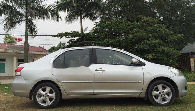 Cần bán Toyota Vios E sản xuất 2009, màu bạc chính chủ