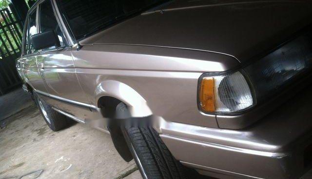 Bán xe Nissan Sentra năm sản xuất 1989, màu nâu, giá tốt
