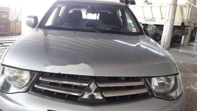 Cần bán xe Mitsubishi Triton đời 2009, màu xám