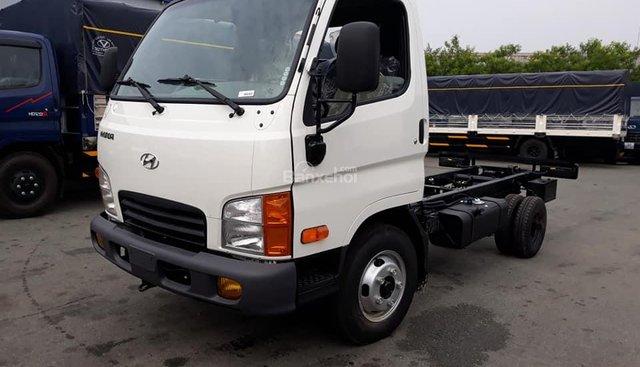 Bán Hyundai Mighty N250 sản xuất năm 2018, màu trắng, xe nhập