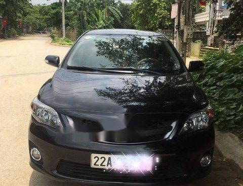 Bán xe Toyota Corolla altis 2.0V năm 2014, màu đen chính chủ, giá tốt