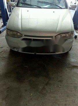 Cần bán lại xe Fiat Albea sản xuất 2002, màu bạc xe gia đình, giá tốt