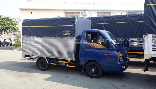 Cần bán Hyundai Porter 150 mui bạt, năm sản xuất 2018, màu xanh lam, xe nhập