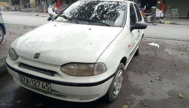 Cần bán lại xe Fiat Siena sản xuất 2001, màu trắng