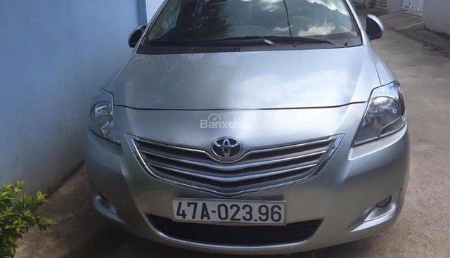 Cần bán Toyota Vios năm sản xuất 2012, màu bạc, 415tr