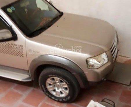 Bán ô tô Ford Everest sản xuất 2008, màu hồng phấn