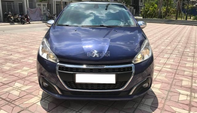 Bán Peugeot 208 nhập khẩu nguyên chiếc tại Pháp sản xuất 2015, đăng ký 2016, chính chủ từ đầu siêu chất
