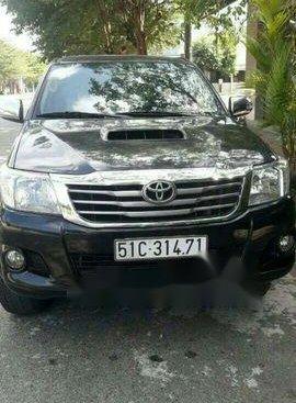 Bán xe Toyota Hilux 2013, màu đen