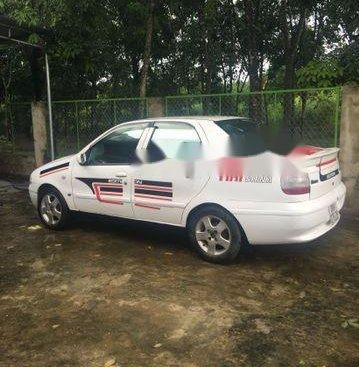 Bán Fiat Siena sản xuất năm 2002, màu trắng, giá tốt