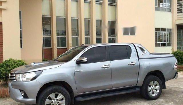 Bán ô tô Toyota Hilux 2.8 sản xuất 2016, màu bạc, nhập khẩu nguyên chiếc chính chủ
