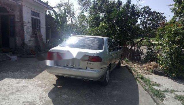 Cần bán Nissan Sunny đời 1996, màu bạc