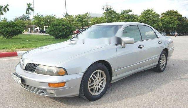 Cần bán Mitsubishi Diamante 3.5V6 năm sản xuất 2002, màu bạc