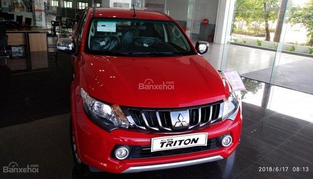 Bán xe Mitsubishi Triton 4x2 MT đời 2019, màu đỏ, giao xe ngay, lăn bánh trả góp với chỉ 150 triệu, liên hệ 0911.821.514