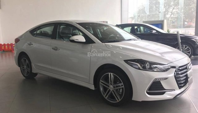 Bán Hyundai Elantra Sport 1.6 Turbo sản xuất 2019 đủ màu giao ngay 700 triệu + KM 15 triệu - LH: 0919929923