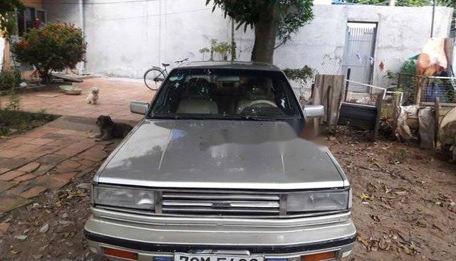 Bán xe Nissan Maxima 1986 số sàn giá rẻ