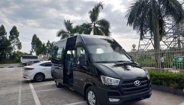 Bán Hyundai Solati sản xuất 2018, màu đen