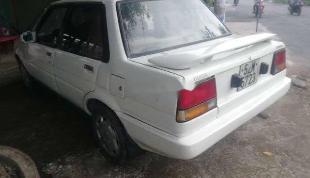 Cần bán xe Corolla đời 1985 đã làm lại hoàn chỉnh, sạch sẽ