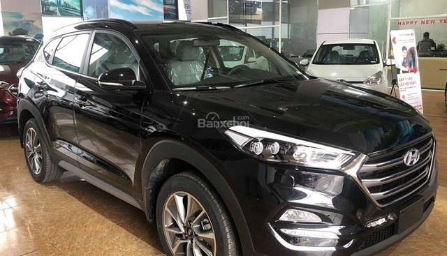 Hyundai Tucson 2.0 AT đặc biệt sản xuất 2018, đủ màu giá 828 triệu + KM 15 triệu - Liên hệ: 0919929923
